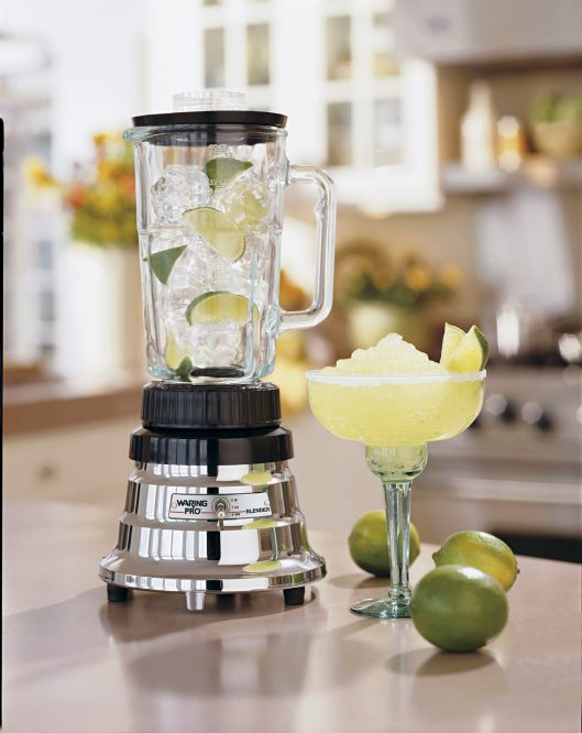Buying guide for a perfect blender for your kitchen for Kitchen perfected blender
