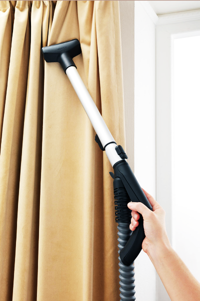 Tips for vacuum cleaning curtains