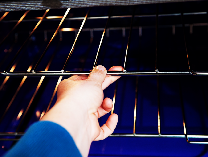 Oven rack cleaning tips