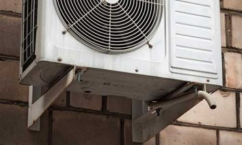 Split-ac-outdoor-unit-mounted