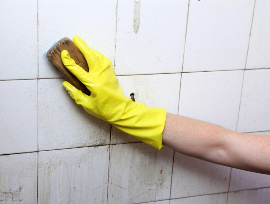 Cleaning Bathroom Tiles