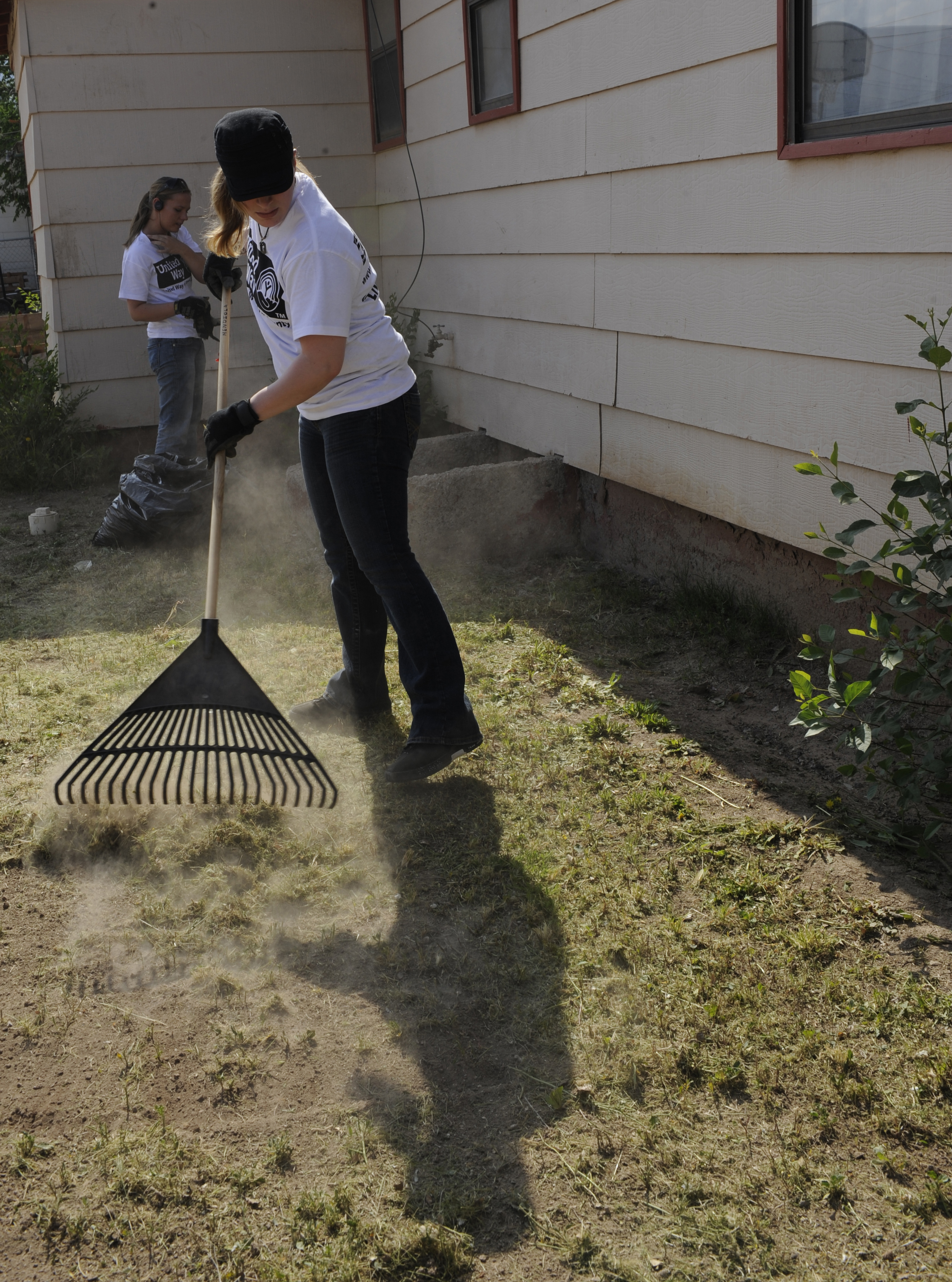 keep home and surroundings clean