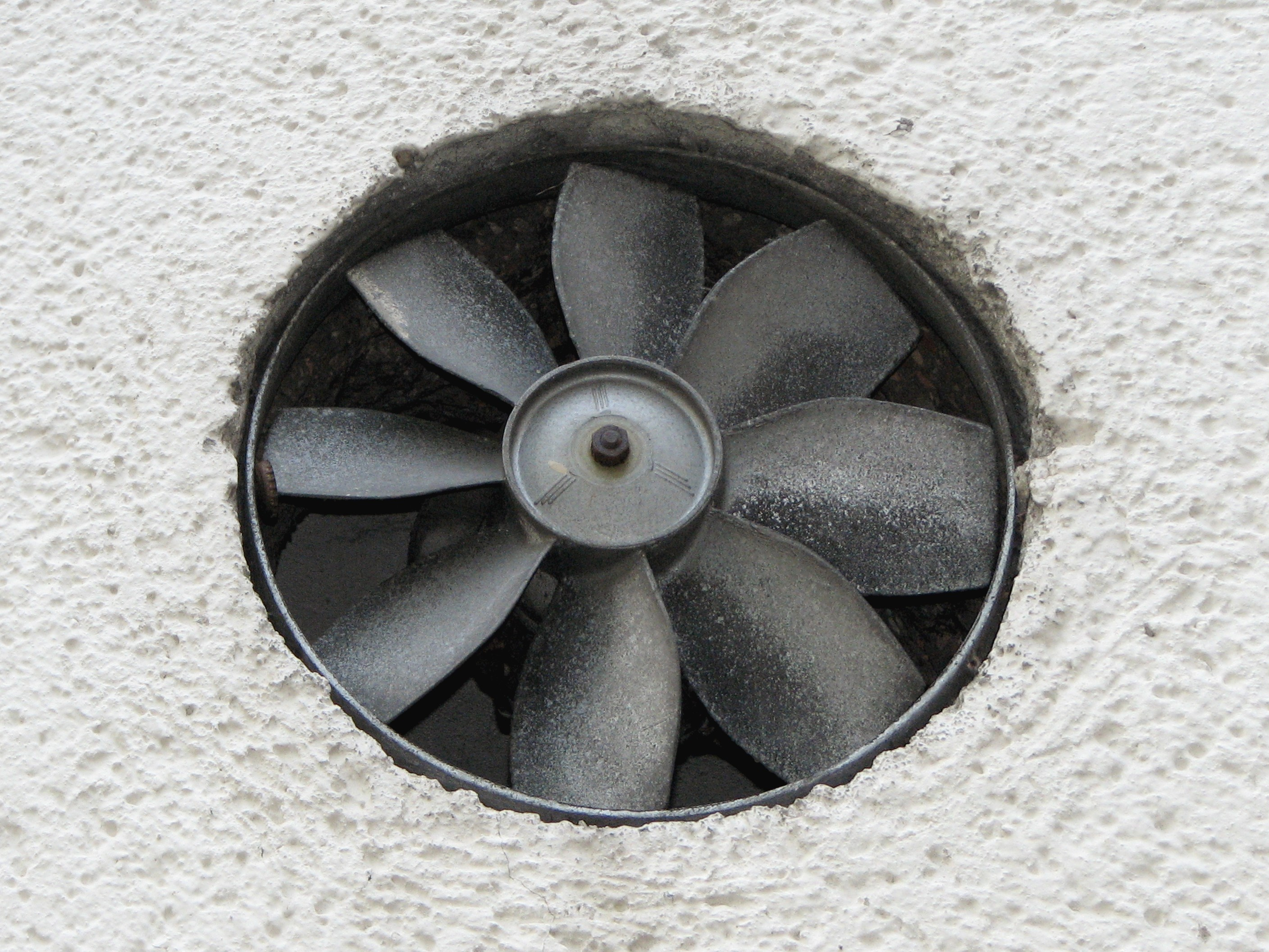 Kitchen Exhaust Fan Cleaning And Maintenance Tips And Tricks - How to clean bathroom fan