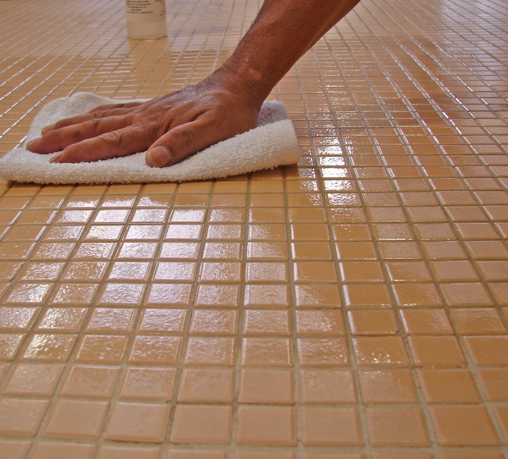 How to polish ceramic tiles - Ideas by Mr Right