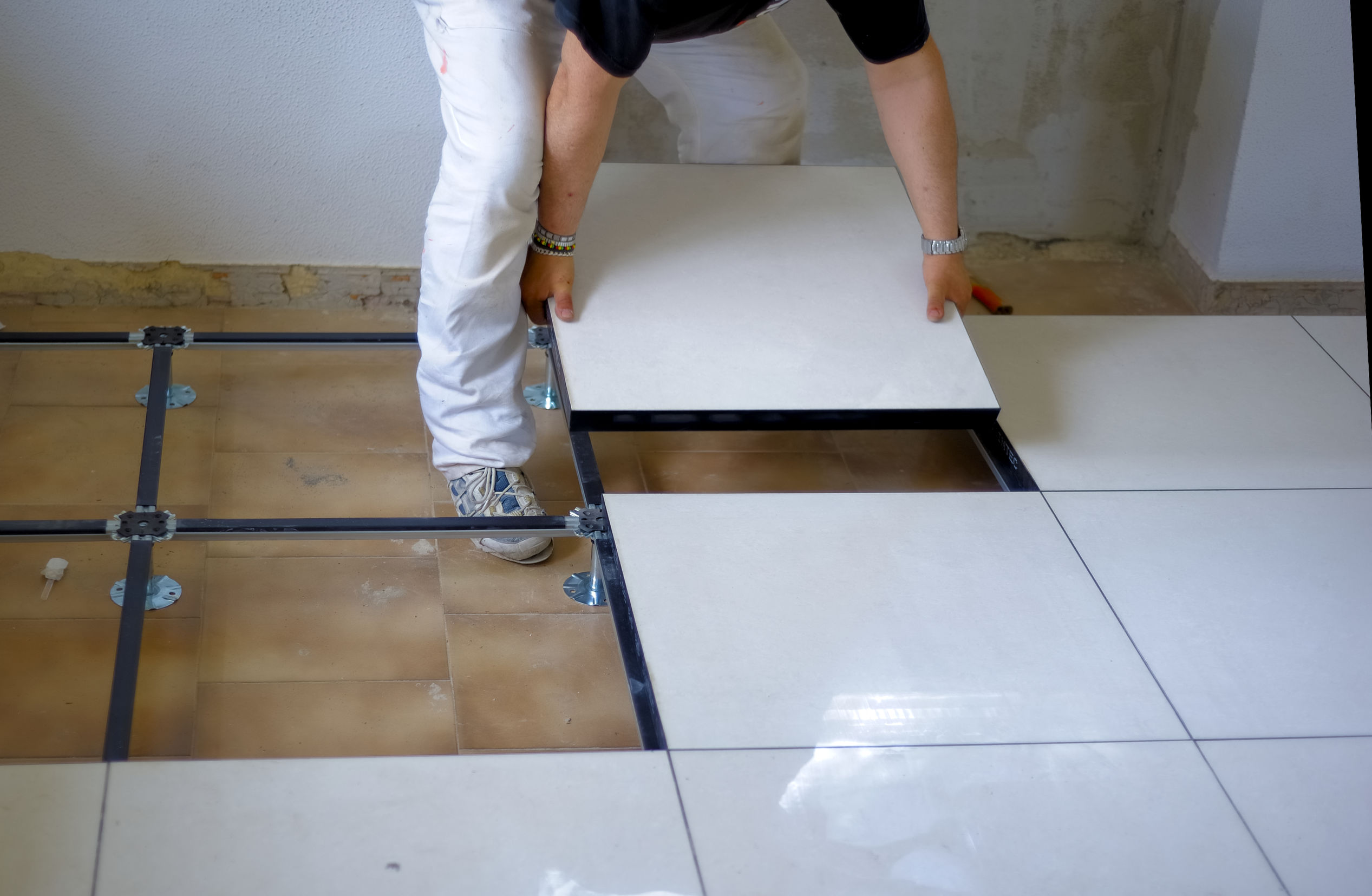 Porcelain Vs Ceramic Tiles Which Is Better Ideas By