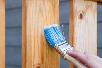 how to apply primer on wood