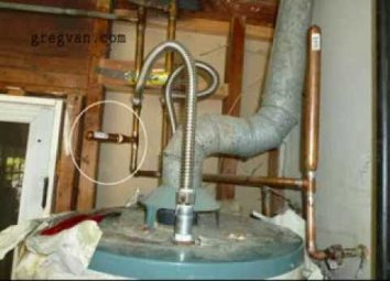Defects in the air chamber can cause the pipe to release sounds