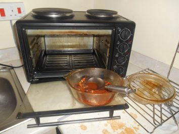 cleaning oven without safe chemicals