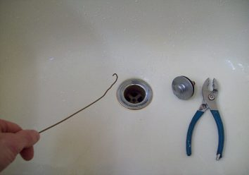 Bathroom tub drain clog? one of the common problems with bathtubs and how to fix them