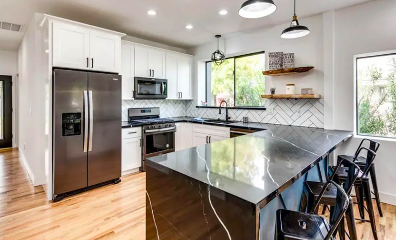 12 Lively Kitchen Designs: White Cabinets-Black Countertops