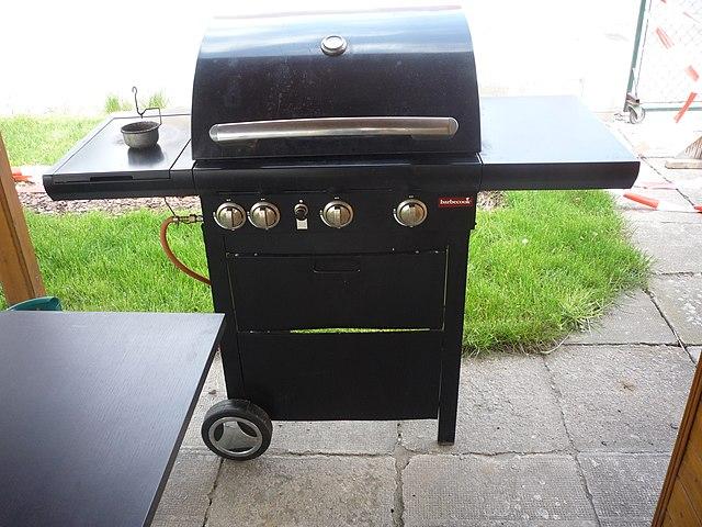 standalone black gas grill