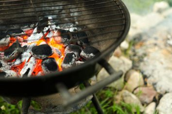 Charcoal barbecue accessories